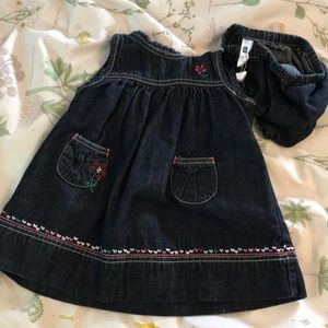 Baby gap dress and bloomers